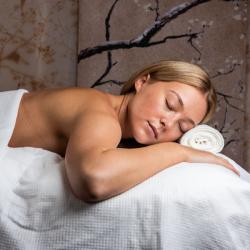 SCRUMMI Spa Sheets Bed Covers 180x80cm – 100pcs