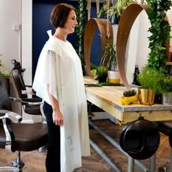 SCRUMMI Colouring gowns – 125 Peignoirs de coiffure et coloration jetables LARGES